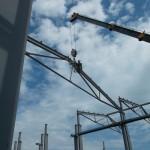 osádzanie ocelových väzníkov výrobnej hali